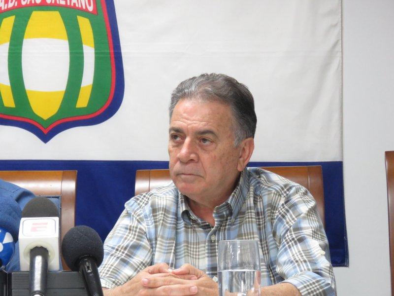 Paulo Pelaipe se apresenta no São Caetano