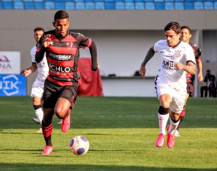 Oeste 0x2 Corinthians